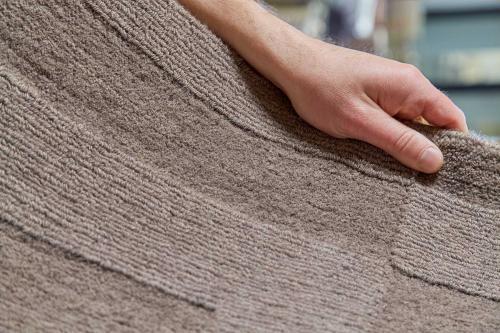LL custom rugs 4 2 0547